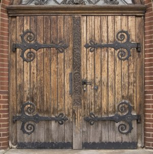 medieval_door_texture_01_by_goodtextures (1)